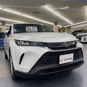 トヨタ 新型SUV 令和3年式 ハリアーSのご紹介!!神戸市でSUVをお探しの方はリバティ神戸店まで!!